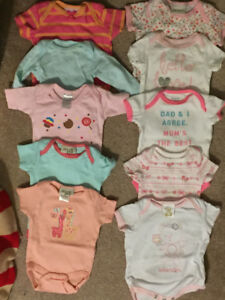 Baby girl (0-3m) clothes!