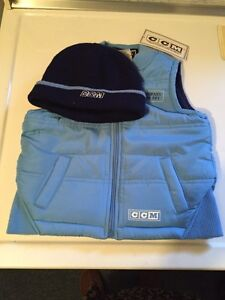 Boys NWT CCM Vest & Hat Sz 3
