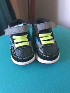 Baby shoes size 2 brand new