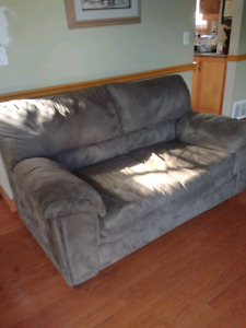 Couch and loveseat combo. Will sell as set. Accepting offers.