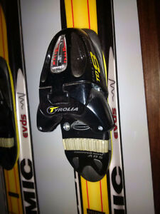 New Atomic downhill Skis Tyrolia Bindings Head Boots Gabel poles Peterborough Peterborough Area image 3