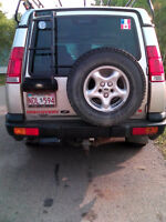 2000 Land Rover Discovery Series 2 SUV, Crossover