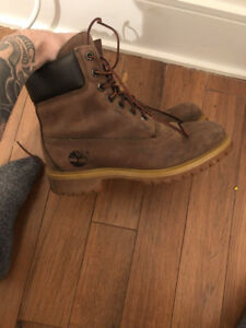 Chaussure TIMBERLAND homme.