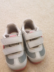 Puma shoes for baby girl