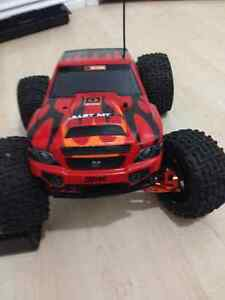 RC NITRO TRUCK MODIFIED FOR STRENGTH & HANDLING