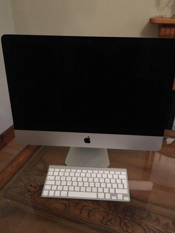 iMac 21.5 LED Backlit Display
