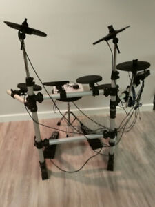 Electronic Complete Drum Set