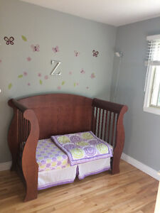 Baby Crib / Day Bed