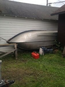 12' deep and wide aluminum fishing boat