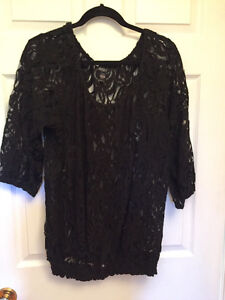 Ladies clothing in excellent condition