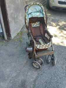 strollers and booster for car seat West Island Greater Montréal image 2
