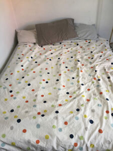 IKEA queen/full duvet cover and comforter