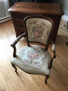 Chaise rembourrée de style Louis VX Upholstered chair Louis VX
