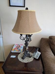 Bombay Modern Vintage Style Table Lamp / Lampe Modern