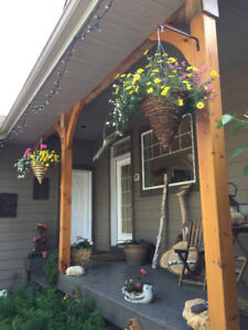 Lakefront Bed and Breakfast in the Heart of the Eastern Beaches