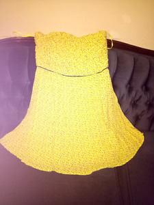 DKNY yellow strapless dress - size 8