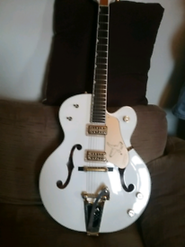 Gretch white falcon mint condition with gretch case polished frets and
