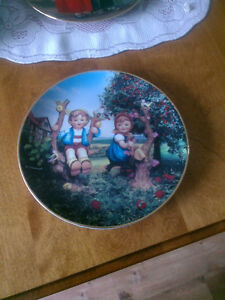 "M J Hummel collector plate  ""Apple Tree Boy And Girl"
