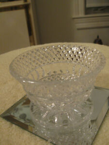 DELIGHTFUL LITTLE VINTAGE SPARKLY CRYSTAL STEMMED RELISH DISH