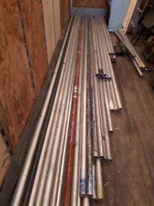 """USED  LOT OF SCAFFOLD 1-1/2"""" Schedule 40 Aluminum Pipe"""