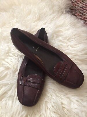 VINTAGE BROWN LEATHER PRADA LOAFERS