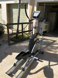 Exerciseur Elliptique Schwinn 430