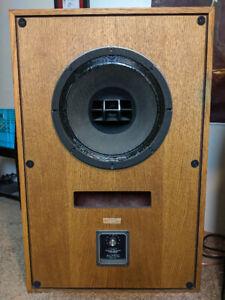 Vintage Altec Lansing Model 17's   !!! 99% ALL ORIGINAL !!!