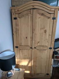 Full Pine Bedroom Furniture Set