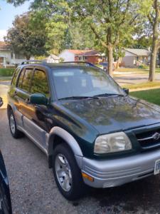 2000 Suzuki Grand Vivatar 4x4 V-6