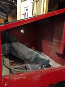 Sandblasting cabinet *barely used* West Island Greater Montréal image 3
