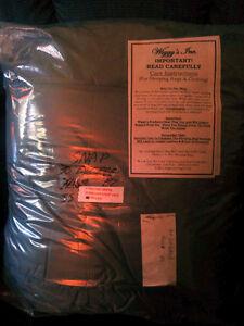WIGGY'S: BRAND NEW OUTDOOR MUMMY STYLE SLEEPING BAG