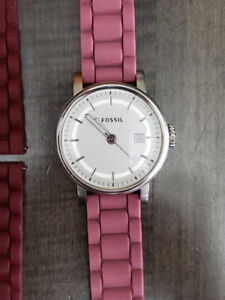 Women's Fossil Watch, Excellent Condition!