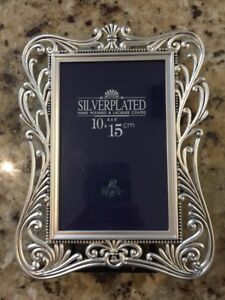 Silver plated frame / cadre argent