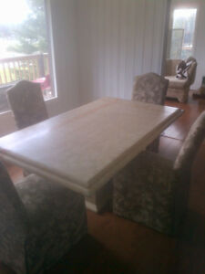 Faux marble Dining table - pedestal style  Gone PPU