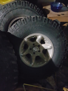 """Ford chevy dodge American racing rims and 35"""" Mickey  5x5.5"""