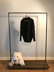 Medium Size Aritzia-style Black Sweater