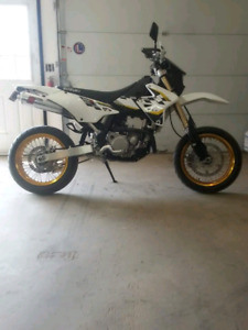 2015 drz 400 supermoto, with dirt wheels!
