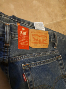 Brand new Levis 516 red tab Jeans