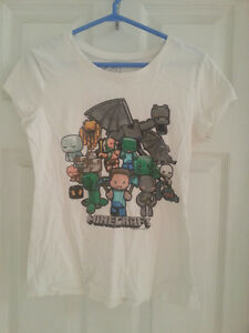 Minecraft shirt from Justice - Unisex. Excellent condition.