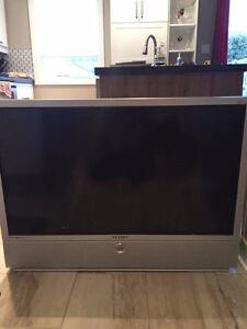 Télévision Samsung 44 pouces en parfaite condition