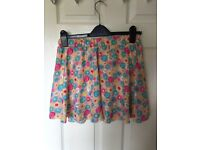 Floral size 10 skirt look shorts