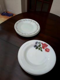 Free pyrex plates