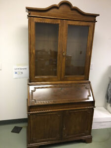 Antique Style Solid Wood Vitrina Glass Cabinet