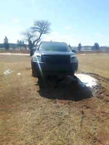 Parting out 06 Chevy Equinox all wheel drive