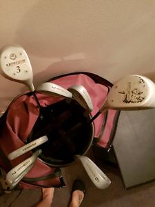 Northwestern Golf set with caddy