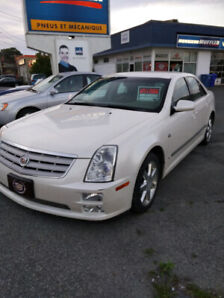 CADILLAC STS 2007  LOW MILLEAGE  3.6 AUTOMATIC .