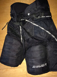 Hockey Pant Bauer Supreme One Accel.....Size JR Large