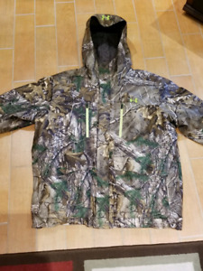 Under Armour Gore-Tex hunting suit