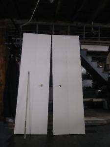 Portes pliantes pour salle de bain