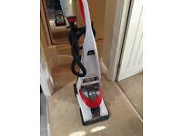 Bissell DeapClean Deluxe Carpet Cleaner **retails in Argos for £199.99** ALMOST BRAND NEW!